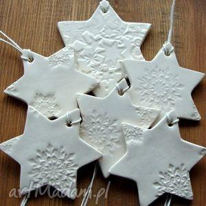 zamówienie specjalne, gwiazdki, śnieżynki, świąteczne, zawieszki, motyw, zimowe