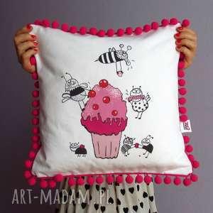 handmade poduszki cherry cupcake poduszka dekoracyjna-na zamówienie