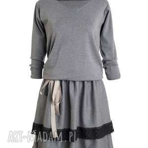 Melissa-sukienka, dresowa, elegancka, zbluzowana, szara, tuszująca, wymyślna
