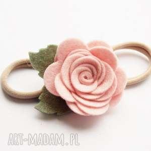 opaska do włosów różyczka pudrowy róż, opaska, ozdobna, różyczka, elastyczna