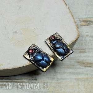 skarabeusz - kolczyki wkrętki, sztyfty, skarabeusz, biżuteria