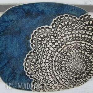 dekoracyjna owalna patera z koronką, talerz, ceramiczny, dekoracyjny, koronkowy