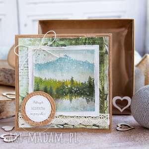 handmade kartki naturalna kartka z naturą w tle pudełeczku imitującym efekt szybki