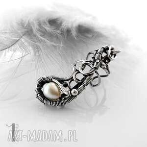 sorbus ii srebrna nausznica z perłą, nausznica, srebrna, wirewrapping, perła