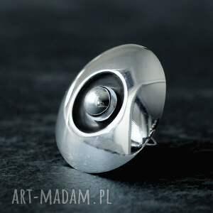 duży polerowany pierścionek srebrny, pierścień ze srebrną