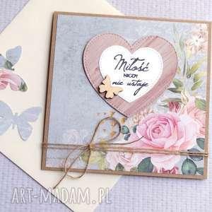 ręcznie robione kartki miłość nigdy nie ustaje:: kartka handmade