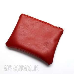kosmetyczki kosmetyczka - czerwona, elegancka, nowoczesna, pakowna, prezent