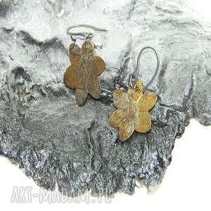Mosiężne kwiatki-k30 estera grabarczyk kolczyki, metaloplastyka
