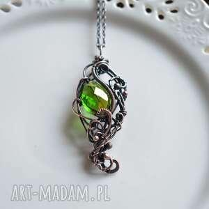 elven green - naszyjnik z kryształem, wisiorem, wisior miedzi