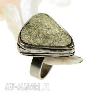 a522 pierścionek srebrny z surowym pirytem, srebrny, piryte