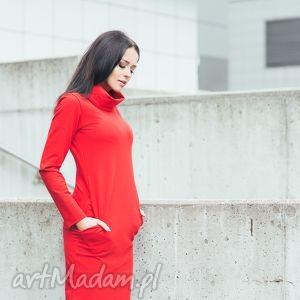 sukienka z kominem, t147, czerwona, sukienka, dzianina, bawełna, komin, kieszenie