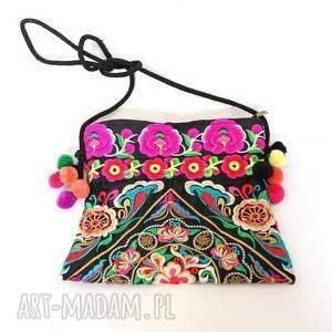 torba z pomponami haftowana, pompony, haft, etno, mama, bohemian, ślub