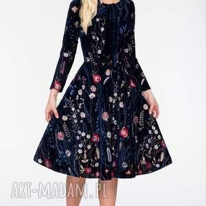 Sukienka CHLOE Midi Elwira, haft, midi, welur, klosz, kieszenie, kwiaty