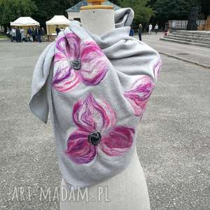 ręczne wykonanie chustki i apaszki szara chusta handmade wełniana