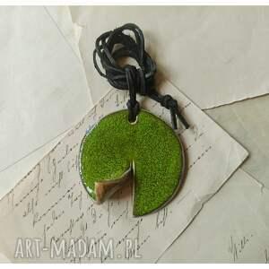 ręczne wykonanie wisiorki wisior zielony zawijasek