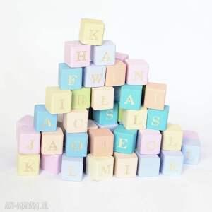 alfabet na drewnianych klockach - alfabet, literki, klocki, zabawka, edukacyjna, nauka