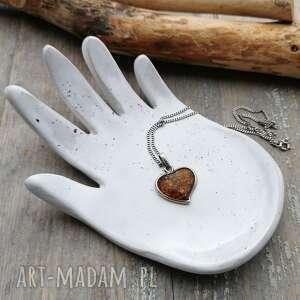 Shiraja? Ceramiczna dłoń, łapka c118