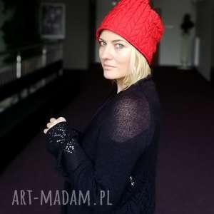 czapka czerwona damska pikowana zimowa ciepła handmade,