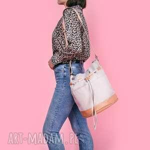 na ramię yocca - torba worek jasnoszara, praktyczna, niebanalna, modna
