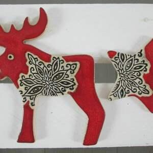 pomysł na prezent świąteczny zestaw dwóch magnesów świątecznych w czerwieni, magnesy