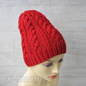 albadesign czerwona czapka w warkocze, czapka, zimowa