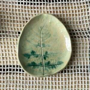 ceramiczna mydelniczka / talerzyk we mgle, ceramiczna, wyposażenie