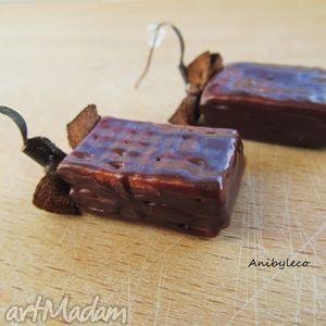 pomysł na prezent pod choinkę KOLCZYKI - wafeli w mlecznej czekoladzie, fimo