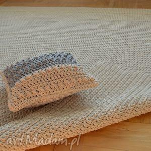 petelkowo dywan na zamówienie p jarosława, dywan, chodnik, minimalizm, prosty, jasny