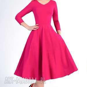 Sukienka FLER Total Midi Amarant, łydka, midi, rozkloszowana, długa, dekolt