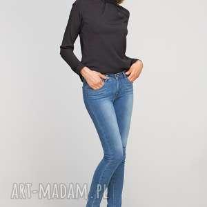 Bluzka z oryginlaną stójką, BLU138 czarny, casual, elegancka, stójka, oryginalna