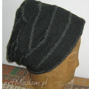 hand-made czapki każdy w urnie wygląda chmurnie