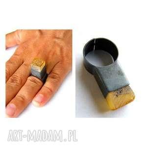 oksydowane srebro pierścionek srebrny z bursztynem - bursztyn, bursztyny, srebro