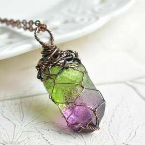 net ombre - naszyjnik z wisiorem na łańcuszku, kryształem