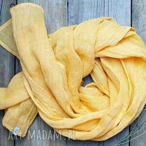 lniany szal chusta w kolorze żółtym, modny elegancki szal, pomysł na prezent