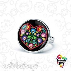 pierścionek serce ludowe, folk, polskie, tradycje, łowickie, wycinanki, kwiaty