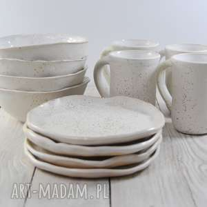 zestaw ceramiczny dla czterech osób nakrapiana biel, prezent, miseczki
