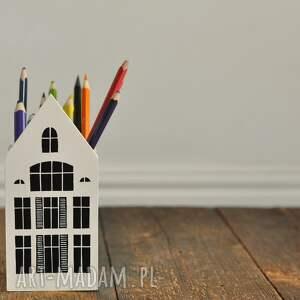 domek mały - kubek na kredki na przybory pojemnik drewniany, pudełko drewnane