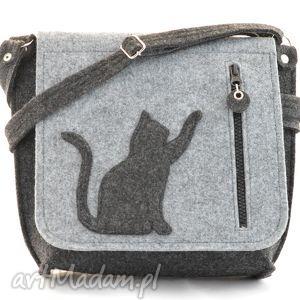 na ramię listonoszka z kotkiem- pojedyncza, listonoszka, kot, kotek, filc, filcowa