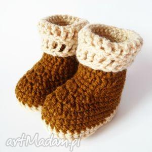 ręcznie zrobione buciki buciki szydełkowe brązowo -beżowe