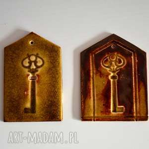 2 zawieszki ceramiczne, klucz, zamek, drzwi, zawieszka, ceramiczna, gwiazda