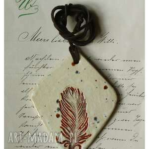 handmade wisiorki wisior z piórkiem iii