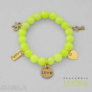 Jade with pendants in lime. - ,jadeit,zawieszka,krzyż,kokarda,serce,butterfly,