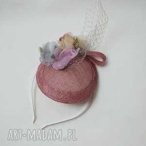 oryginalne prezenty, wiosenny toczek, róż, kwiaty, jedwab ozdoby do włosów