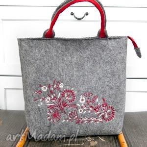 do ręki szara torebka filcowa, haft, kwiaty, torba, torebk, filc, kwiaty