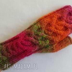 rękawiczki serca tęczowe, ciepłe, kolorowe, modne, prezenty na święta