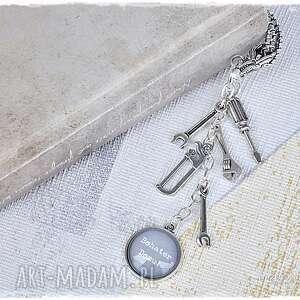 prezent dla bohatera domu - zakładka z narzędziami, zakładka, prezent