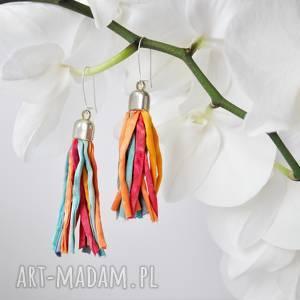 długie jedwabne kolczyki, malowane lekkie kolorowe kolczyki