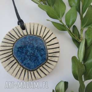 wisiorek z niebieskim oczkiem - ,ceramiczny,wisior,etniczny,jednostronny,