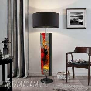 Abstrakcyjna inspiracja - ekskluzywna ręcznie rzeźbiona lampa
