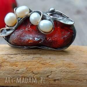 pierścionek z bursztynem i perłą, perscionek bursztynem, perłą